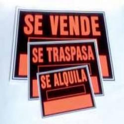 "Cartel ""SE VENDE"" 700x500 plástico"